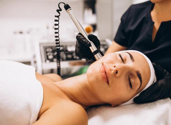 Gezichtsbehandeling laser - huidverjonging - laserbehandeling